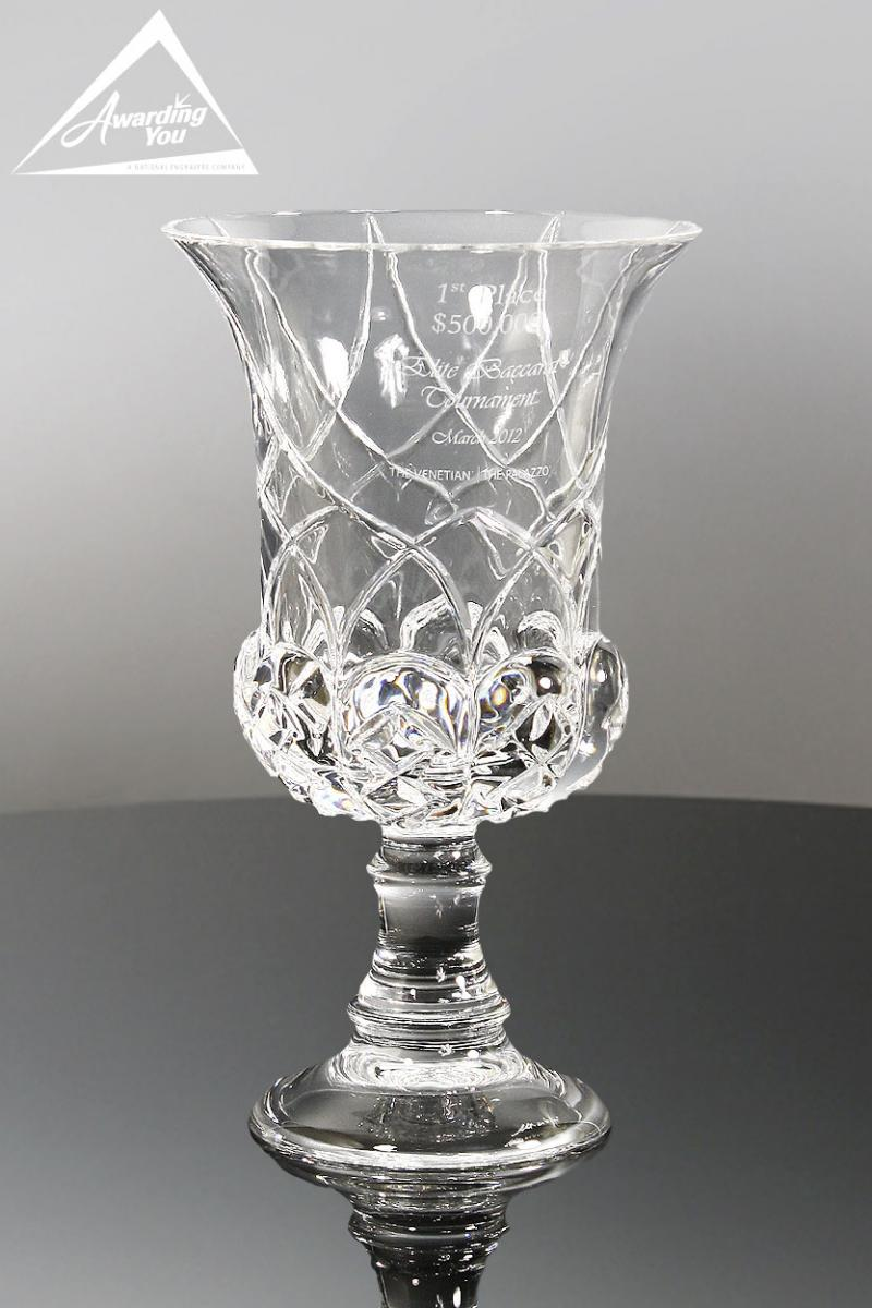 Award quality in your organization with a crystal vase