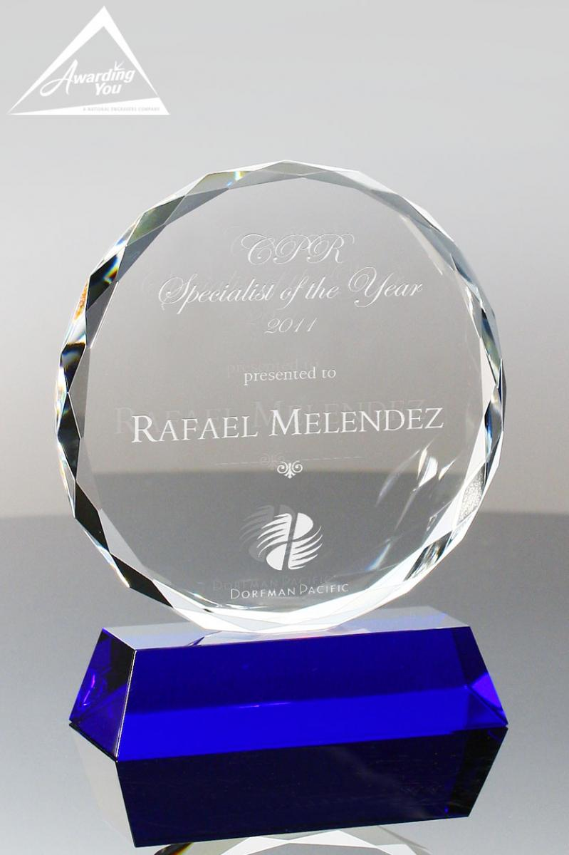 celebrate wellness in your organanization with an engraved award or gift