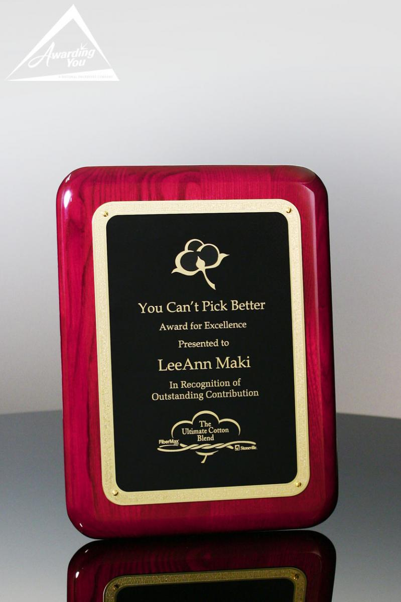 Plaques are well received by customer service team members
