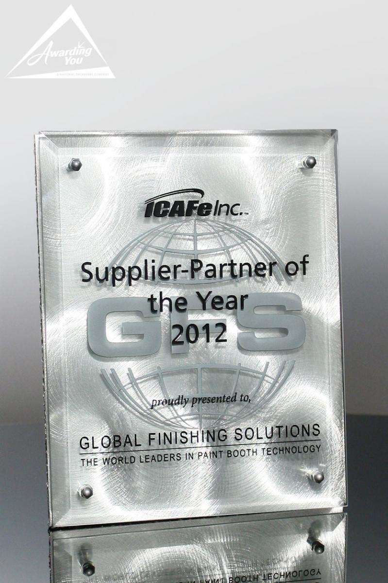 A contemporary option for quality award plaques