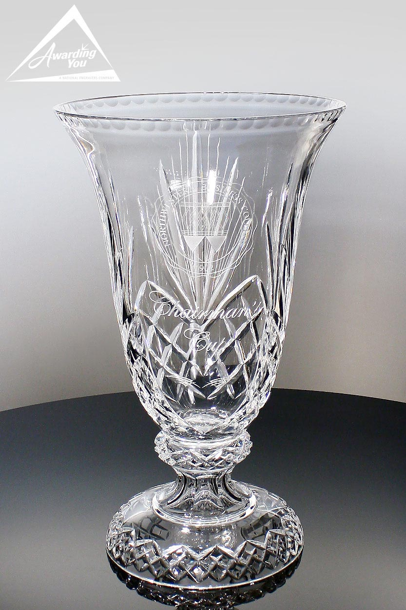 Consider a lead crystal engraved vase as a memorial